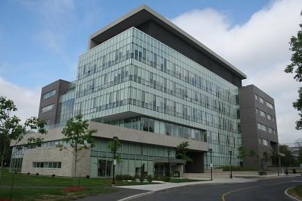 Journalism Schools: Carleton Building