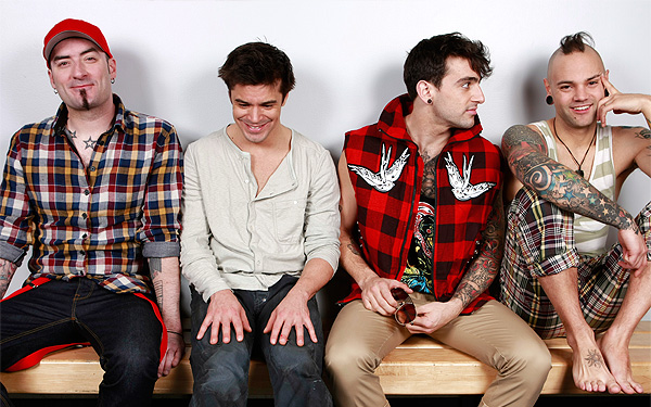 Hedley's 4 band members: Tom, Chris, Jake and Dave