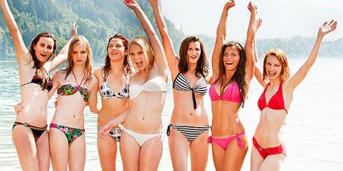 girls-bikini-bathing-suits