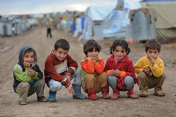 Refugee children at camp Fantassút / Rain on the Borders