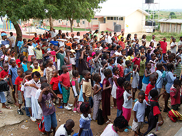 ETFL Eat To Feed Liberians Africa: First days of the program in 2008 with the whole school
