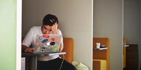 laptop study guy
