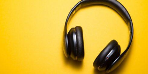 Headphones Avoid Distractions