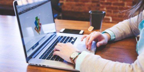 web designer laptop Canada